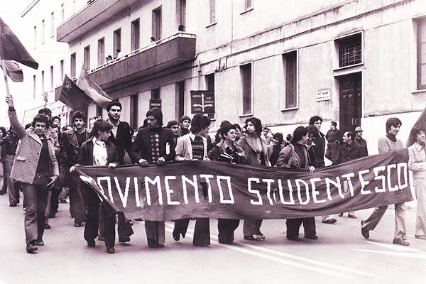 Antifascismo-militante-a-Roma-Movimento-Studentesco,-Potere-Operaio,-Autonomia-Operaia-e-Lotta-Continua
