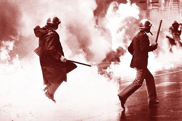 Roma-a-mano-armata-Hazet-36-P38-bombe-molotov-e-mitraglietta-Skorpion-gli-anni-di-piombo