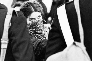 Roma-degli-anni-'70-P38-e-bombe-molotov..-pagherete-caro-pagherete-tutto