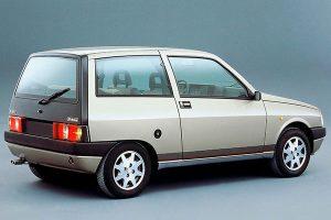 Lancia-Y-10-anni-80